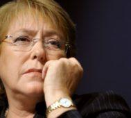 Bachelet sucumbe a las presiones de la extrema derecha – Por Adrián Fernández
