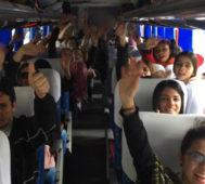 ¿Cómo es posible que miles de repatriados venezolanos regresen a una atroz dictadura? – Por Rosi Baró