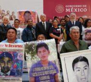 Ayotzinapa: López Obrador reimpulsa la investigación