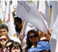 Chile: sector público para y marcha contra despidos
