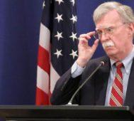 Bolton: Trump despide a uno de sus asesores de guerra