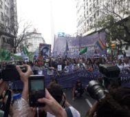 Mujeres argentinas en huelga contra la Justicia machista