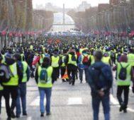 Franceses protestan otra vez con nuevas reivindicaciones