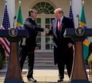 Bolsonaro y Trump firman un pacto de cooperación militar