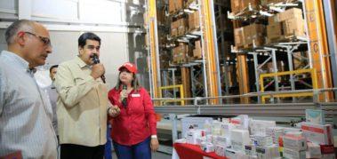Venezuela reimpulsa la producción de fármacos