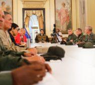 Maduro anticipa una profunda reestructuración de Gobierno