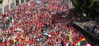 """Maduro confirma """"un cambio profundo en todo el gobierno"""""""