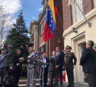 Toman sedes diplomáticas de Venezuela en Estados Unidos