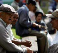 Adultos sin seguridad social en Latinoamérica llega al 40%