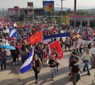 Médicos y maestros tildan de «falso» diálogo en Honduras