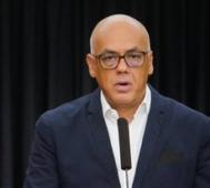 Venezuela muestra pruebas de terrorismo desde Colombia