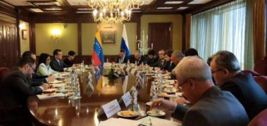 Vicepresidenta de Venezuela firma acuerdos en Rusia