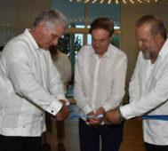 Presidente de Cuba inaugura un nuevo hotel en Varadero
