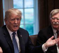 Trump se distancia de Bolton en la política para Venezuela