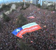 En Chile, el 80% está a favor de reemplazar la Constitución