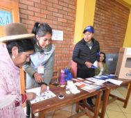 Gobierno de Bolivia invita a opositores a contar votos