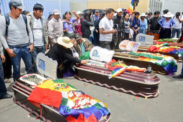 Bolivia: dolor por los muertos y mayor resistencia popular