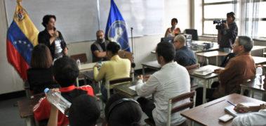 Venezuela: conversan sobre corresponsales de guerra