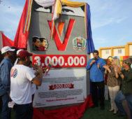Gobierno venezolano entregó tres millones de viviendas
