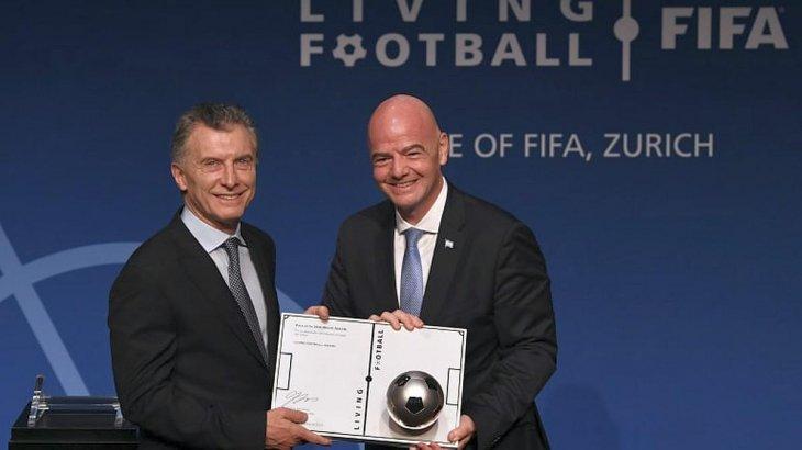 Argentina: repudian a Macri por su designación en la FIFA