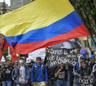 Continúan las protestas sociales en Colombia