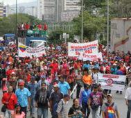 Venezolanos se movilizaron por la paz en apoyo a Maduro