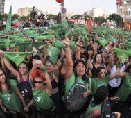 Argentina vivió otro día de pañuelos verdes