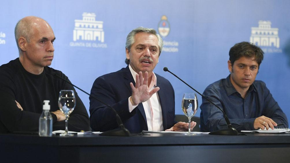Argentina cierra fronteras y suspende las clases