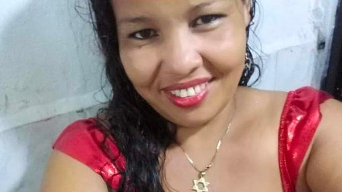 Asesinan en Colombia a dirigente feminista