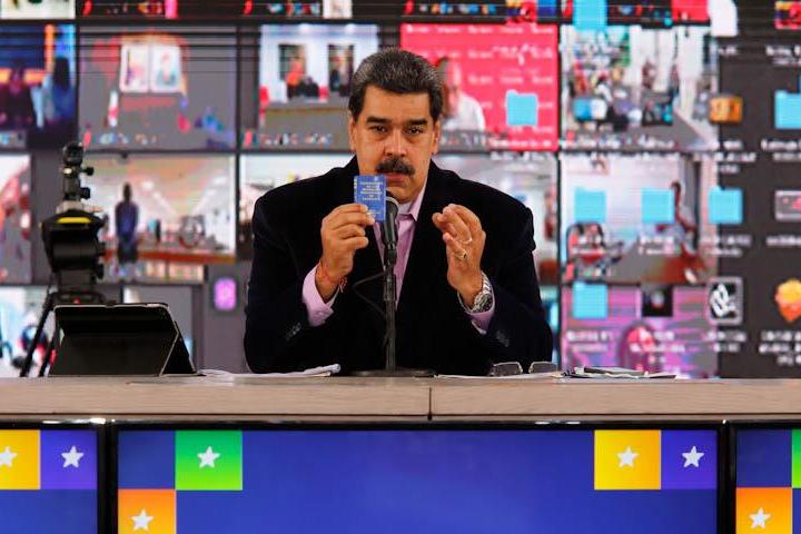«Capriles hace campaña para suspender las elecciones»