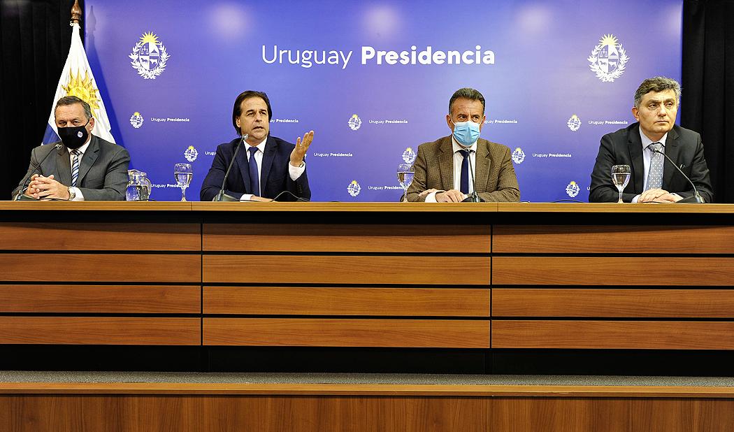 Uruguay cerrará sus fronteras durante el verano