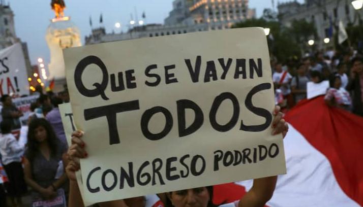 Peruanas y peruanos empujan la renuncia de Manuel Merino