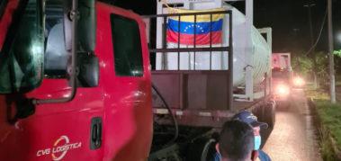 Llegaron a Manaus camiones de oxígeno desde Venezuela