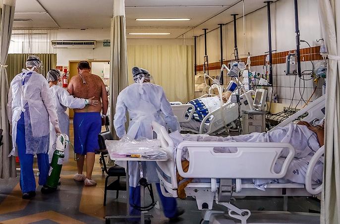 Covid-19: colapsan hospitales en varios estados de Brasil