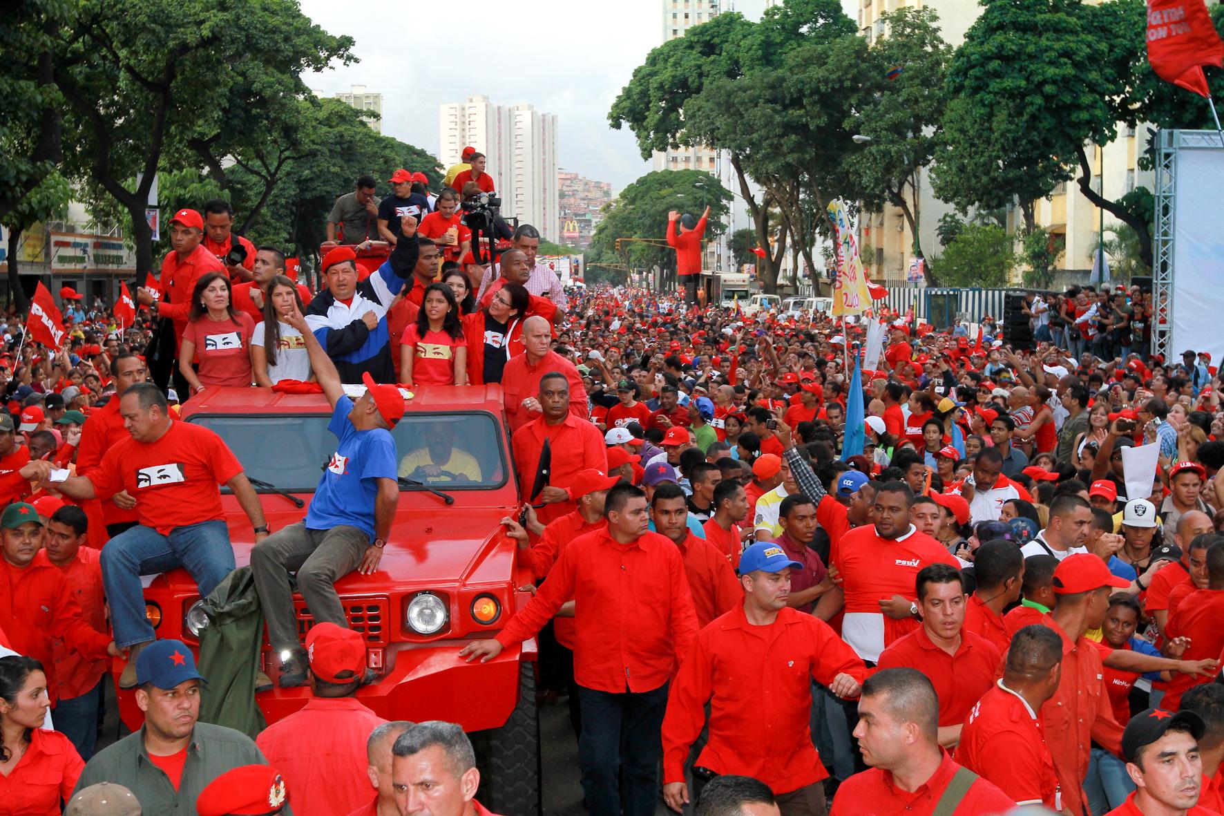 """""""Armas para la revolución y no para servir al imperialismo"""""""