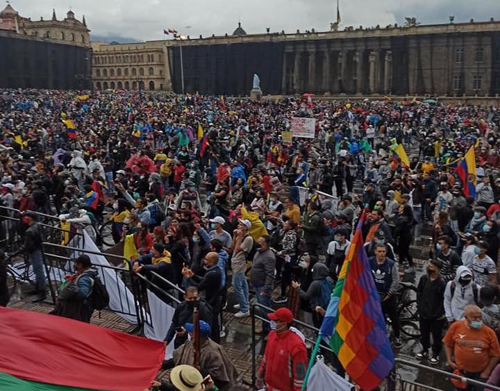 Miles de personas movilizadas en otro paro en Colombia