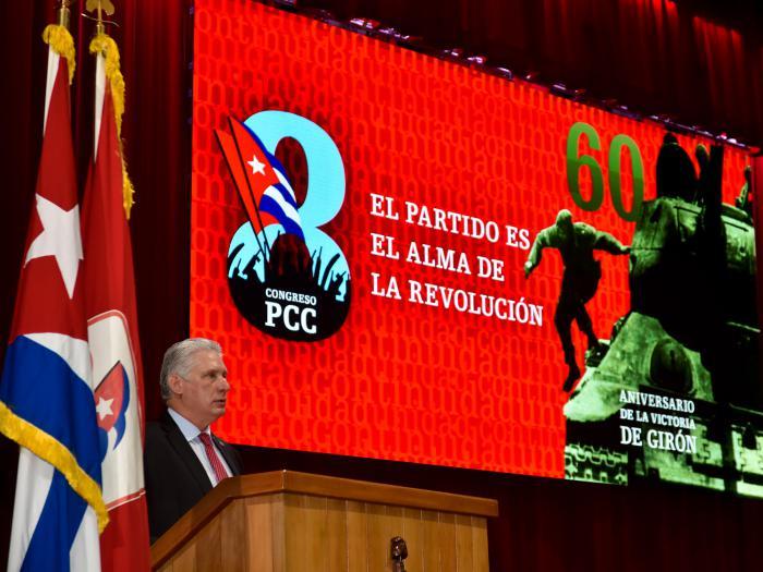 «Entre los revolucionarios, los comunistas vamos al frente»