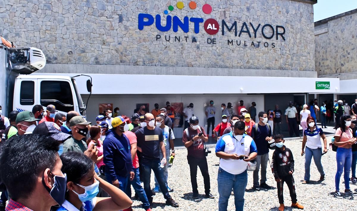 Venezuela organiza mercados solidarios para el pueblo