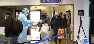 La élite paraguaya viaja y se vacuna en Estados Unidos