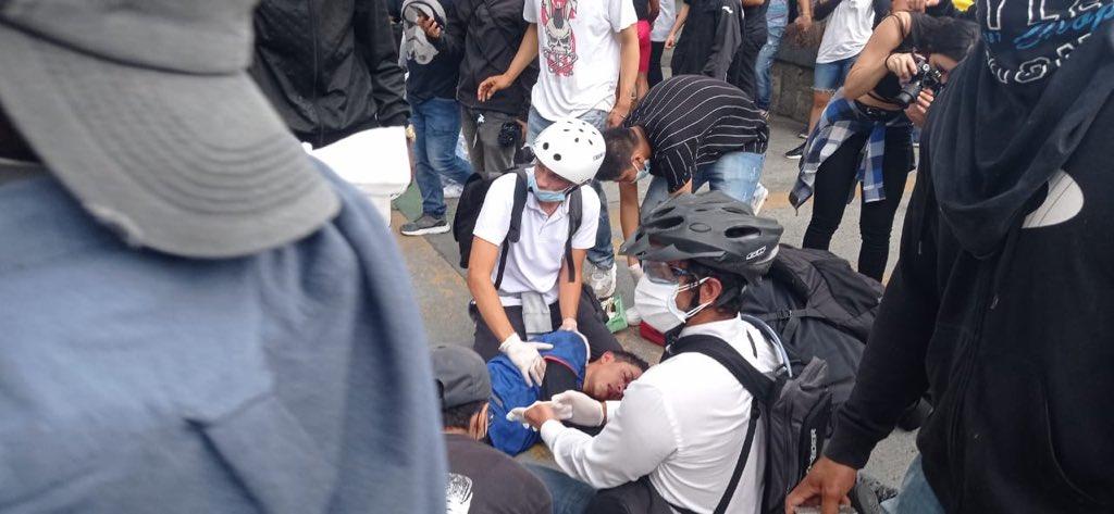 Duque militarizó ciudades de Colombia, como pidió Uribe