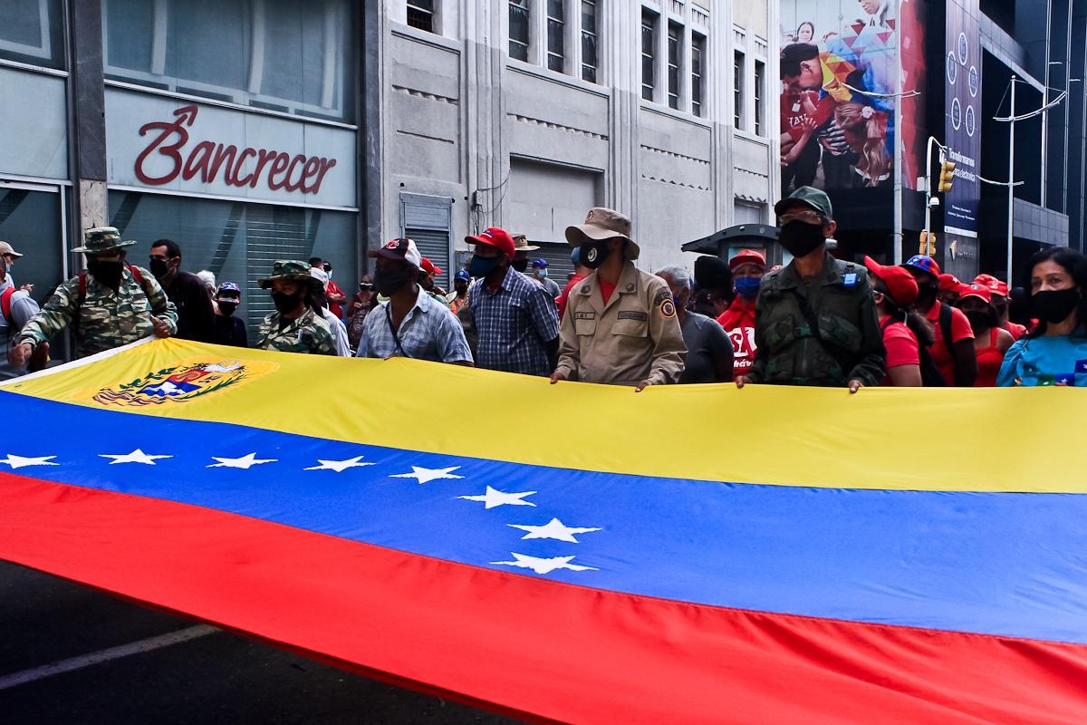 Un Pueblo Maduro Contra Vientos y Mareas – Por Ángel Rafael Tortolero Leal