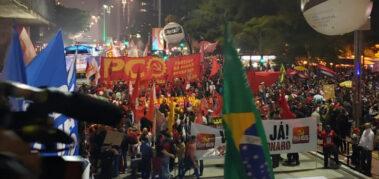 Una multitud pidió la renuncia de Bolsonaro en Brasil