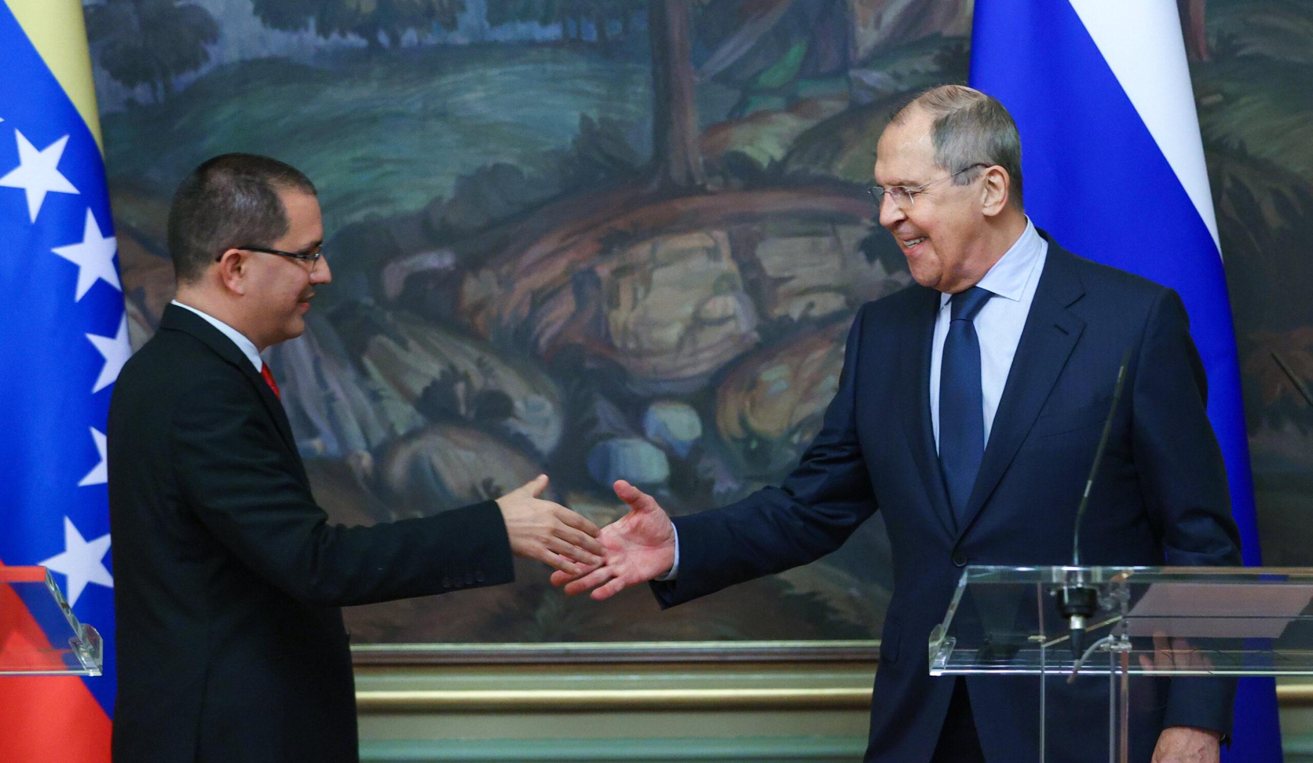 Rusia y Venezuela ratifican en Moscú su alianza estratégica