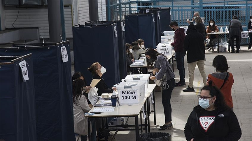 Chile: anulan dos candidatos y quedan siete postulantes