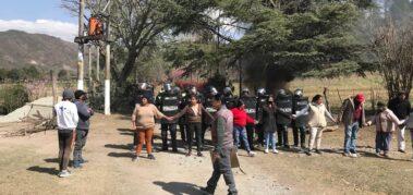 Policía en provincia argentina desaloja territorio ancestral